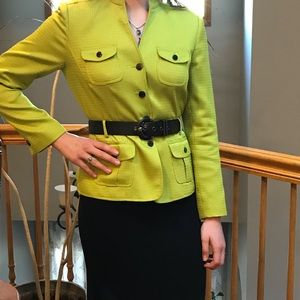 Vibrant 2 piece Tahari business suit
